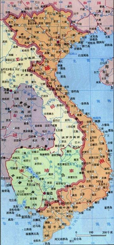 北与中国为邻,西与老挝,柬埔寨