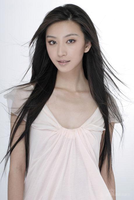 唐一菲称秦可卿是每个年轻女孩的梦想 秦可