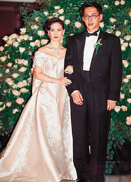 李嘉欣/许晋亨与何超琼当年摆下世纪婚宴