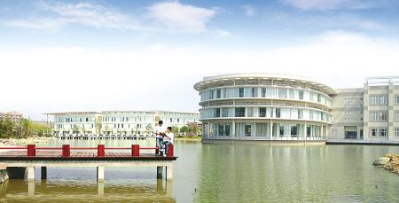 美丽的浙江万里学院校园-30年改革 宁波建起全国第一个高教园区