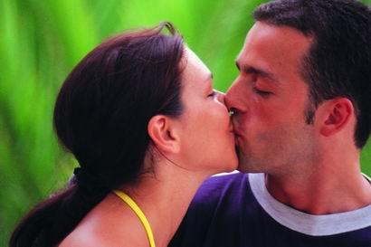 最让女人反感的kiss种类(图)-女人,亲吻,kiss,男