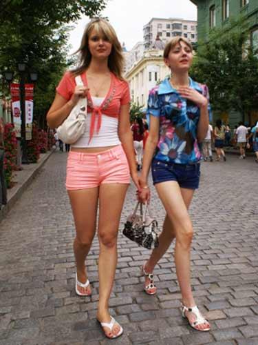 中央大街上的俄罗斯美女
