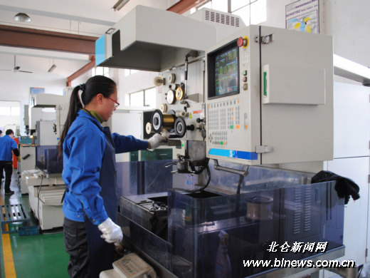 鑫海模具凭借精细化生产开拓海外市场-鑫海,生