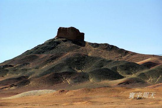 海市蜃楼与阳光烽燧 沙漠中的一朵奇葩图片