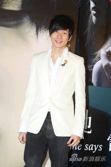 出席《她说》音乐电影首映   林俊杰白马王子造型现身
