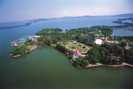 武汉东湖生态风景旅游区总面积82平方公里