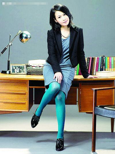 刘若英西安个唱将给粉丝惊喜:高跟鞋谁想要?-