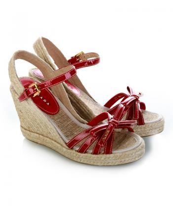 Vernice坡跟凉鞋-2011今夏最流行 扮靓从楔形凉鞋开始