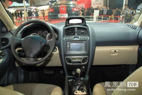 改装车……   华泰圣达菲的内部配置很高,不过相同于长城哈弗,高清图片