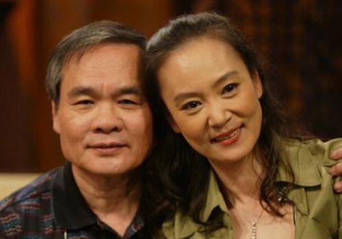 老相片-中新网7月6日电 李敖20、30年前与刘雪华亡夫邓育昆很熟,他5日说,图片