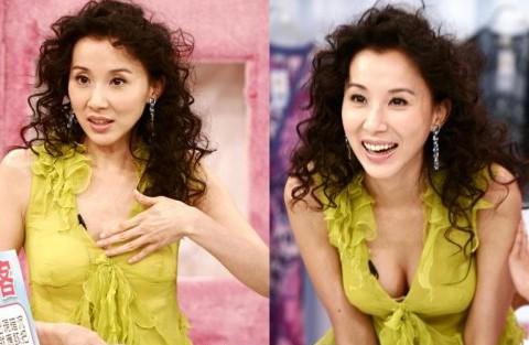 美女明星陶醉自摸乳房背后的隐情-摸乳房,丰胸