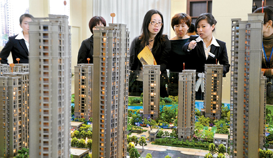 鄞州新闻网讯(记者朱 东)昨日上午,第十六届中国宁波国际住宅产品