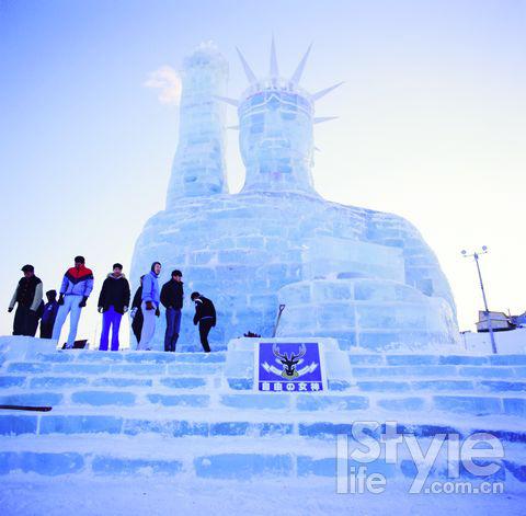 日本 大雪山/能参观到爱斯基摩犬场,有专业驯犬师为你讲解这位北极忠实友好...