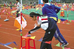 宁波市第十九中学举行校园百米定向赛-中学