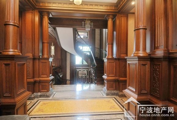 入户门厅装修效果图图片下载分享;