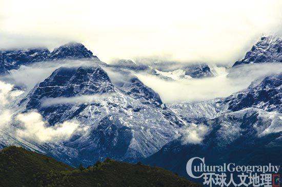昆仑山:万山之祖的诸神和宝藏