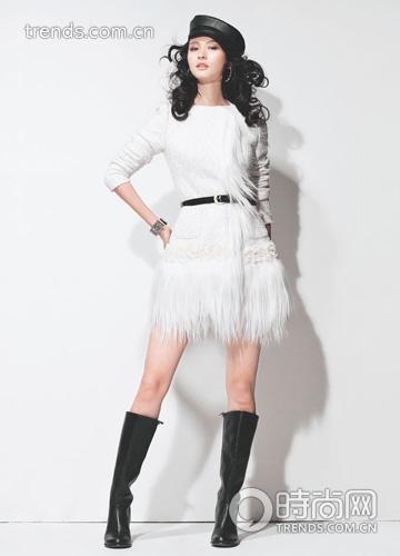 时尚 达人/白色人造皮草拼接外套 COCOON