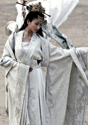 杨幂/景甜主演的电视剧《孙子大传》剧照...