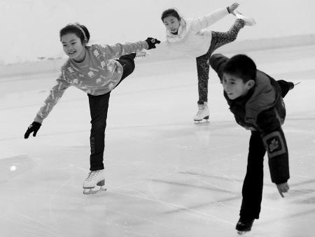 宁波花样滑冰小将正在成长
