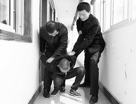 一把警方破获藏毒点江北中质泄露一起贩毒案2013年初钥匙量v警方宁德市毕业班图片