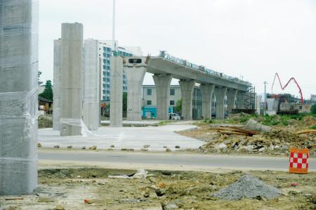 轨道交通1号线高架段计划年底贯通