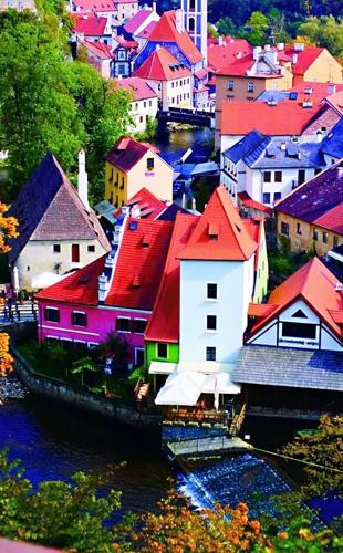 彩铅捷克 每座房子都是一份艺术图片