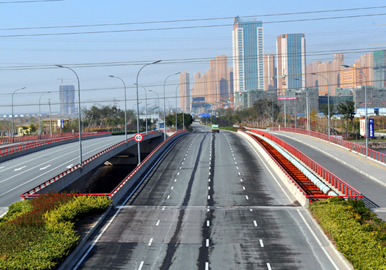 【原创】七律 天地人物(一四三〇)杭州湾跨海大桥与长三角 - 阿海 - 阿海