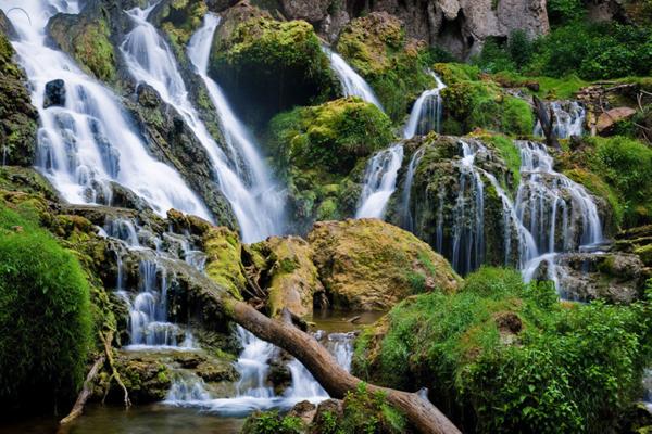 壁纸 风景 旅游 瀑布 山水 桌面 600_400