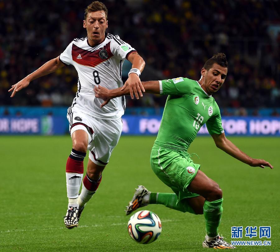 八分之一决赛:德国队加时2:1击败阿尔及利亚队