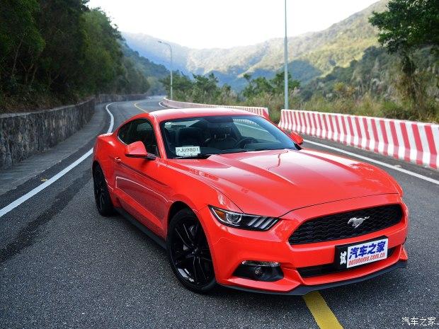 爱上一匹野马 试驾第六代Mustang 2.3T
