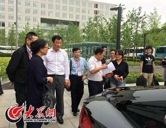 """<!--biaoti-->宁波市委书记刘奇现场当起""""推销员""""<!--/biaoti-->"""