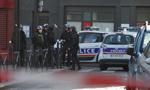 一名武装分子试图闯入巴黎警局被射杀