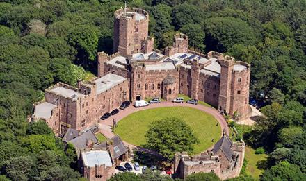 体验一日贵族:英千年古堡向公众开放