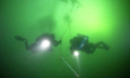 俄潜水者创下新冰潜世界纪录 下潜102米