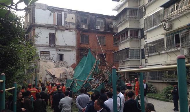 浙江温州市区一老房屋发生坍塌
