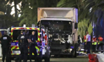 法国国庆日遇袭 汽车冲撞人群80人已丧生