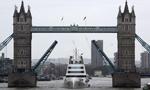 俄土豪坐拥20亿游艇 畅游伦敦河畔