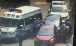 长沙一越野车先撞执法民警再撞开10辆车逃逸