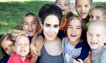 美国一女子生8胞胎成超级妈妈