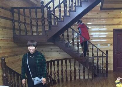 木匠花80万给儿子建了个木房子