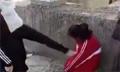 初三女生跪地遭4名女孩扇耳光 打人者事后还要钱