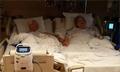 结婚64年夫妻病床上牵手 同一天辞世