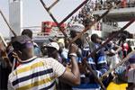 贾梅交出冈比亚总统权力