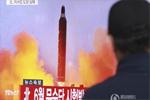 朝鲜12日成功试射一枚地对地中远程战略弹道导弹