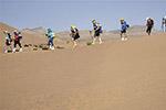 摩洛哥沙漠超级马拉松赛 选手挑战极限