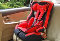 市人大代表杨和荣:对儿童汽车安全座椅作出强制规定