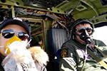 中国情侣自驾国产飞机成功飞越大西洋