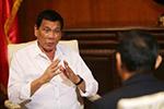 杜特尔特: 菲律宾不是西方殖民地