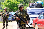 菲击毙13名武装分子,政府军及警察方面5人阵亡31人受伤