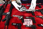 深圳、香港警方联手侦破跨境走私贩卖枪支案